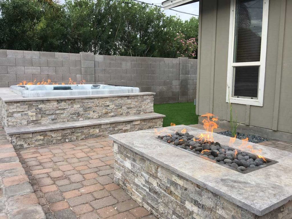 27-Fire-Pit-and-Hot-Tub